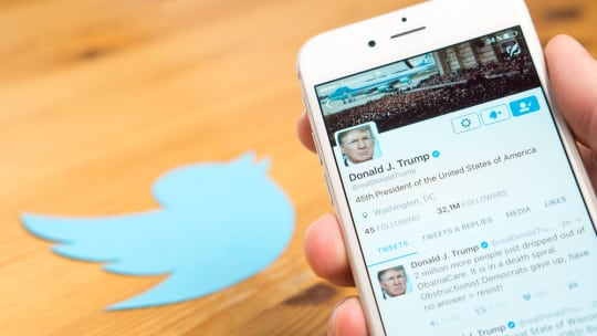 Departing Twitter employee deactivates President Trump's account